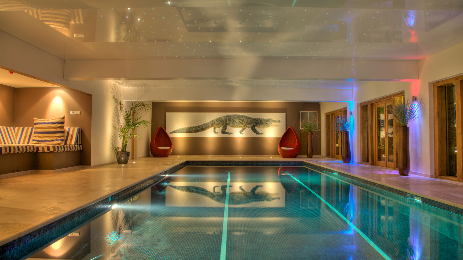 Extraordinary holidays celebrations and adventures - Holiday homes with indoor swimming pool ...