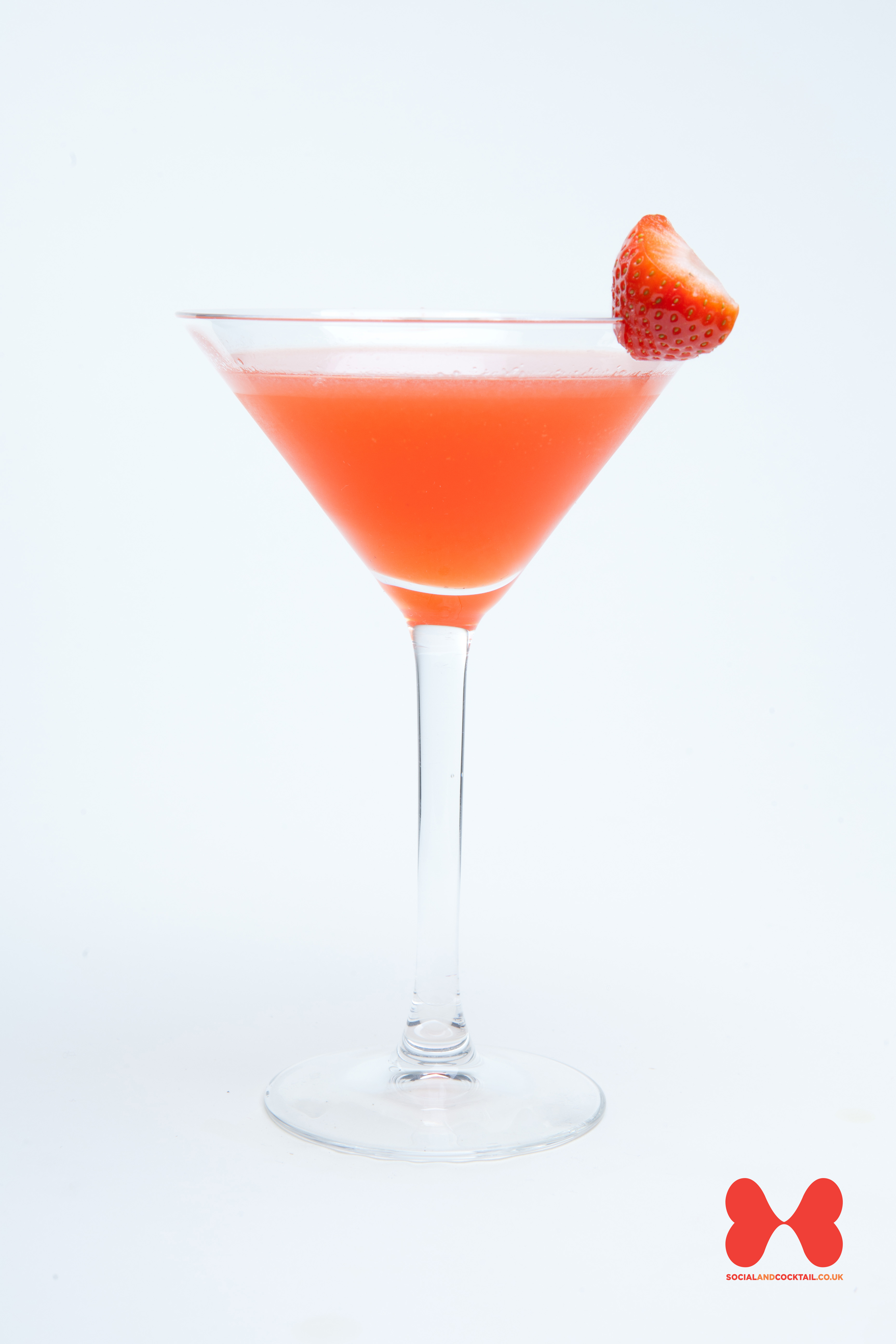 Sweet and easy to drink, this classic daiquiri will be a hit with all ...
