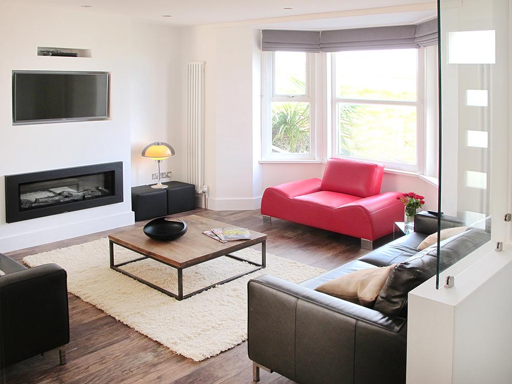 Zone 9 living room kate tom 39 s for Living room zones