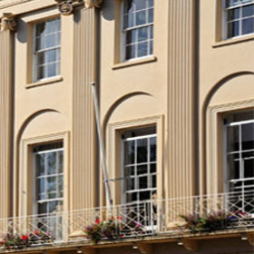 Luxury holiday cottages in Cheltenham