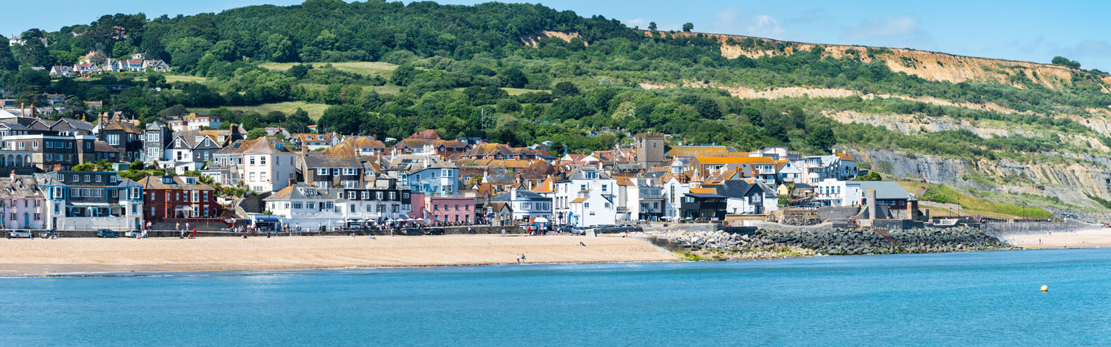 Luxury Holiday Cottages in Lyme Regis.