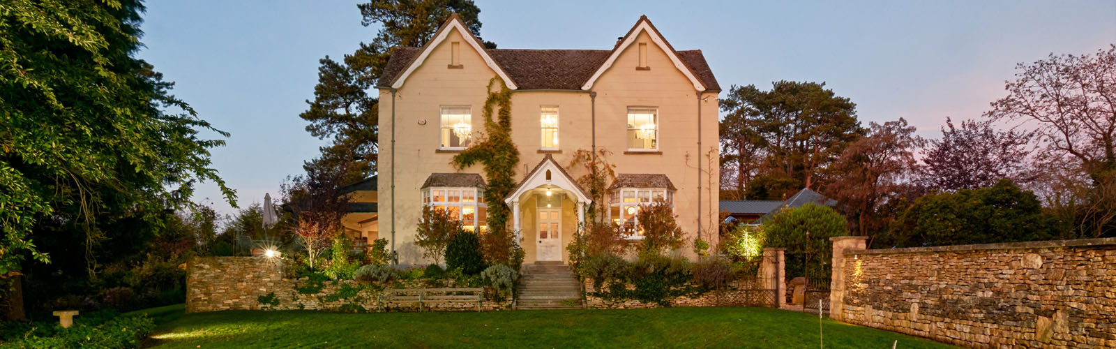 Large Holiday Cottage in an extraordinary location.