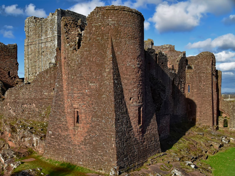 Goodrich Castle on a sunny day.